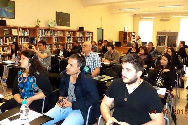 Донков и синове ООД осигурява превода на семинар за журналисти